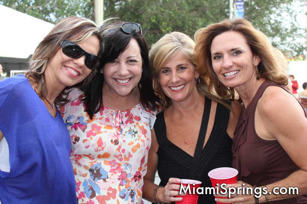 The Ladies were having fun at the MEGA Reunion