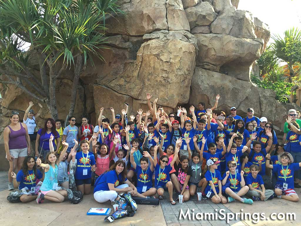 Springview Elementary Students during trip to Universal Studios
